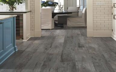 Vinyl flooring | Raby Home Solutions