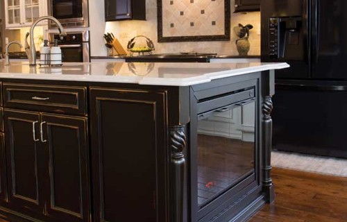 black kitchen cabinets | Raby Home Solutions